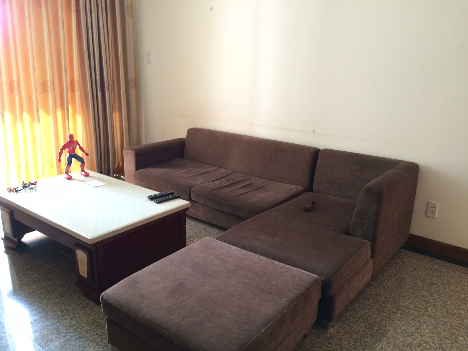 A NICE APARTMENT FOR RENT IN THAO DIEN WARD, DISTRICT 2.