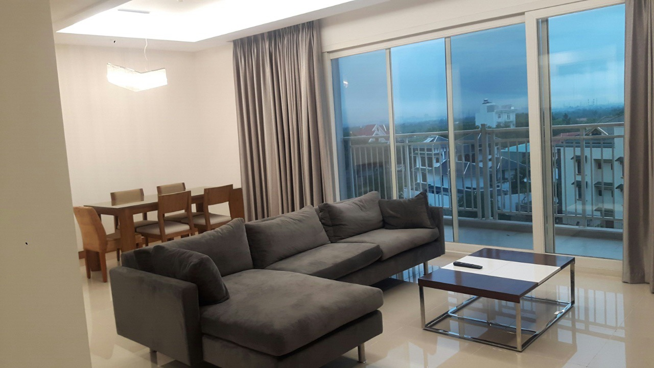 A BEAUTIFUL APARTMENT FOR RENT IN XI RIVERVIEW PALACE, THAO DIEN WARD.