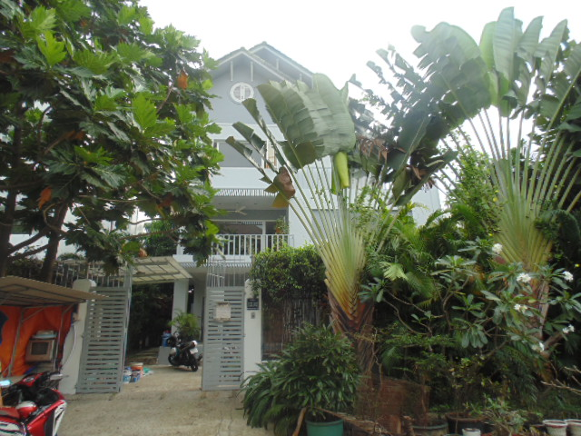 A NICE VILLA FOR RENT IN THAO DIEN II COMPOUND, THAO DIEN WARD, DISTRICT 2.