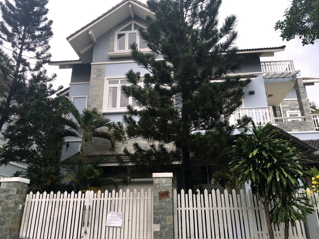 NICE VILLA FOR RENT IN THAO DIEN COMPOUND.