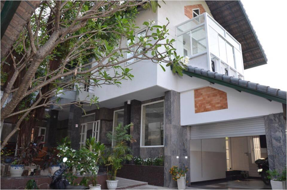 NICE VILLA FOR RENT AT FIDECO THAO DIEN