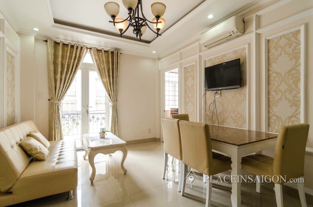 Nice 02 bedrooms Service apartment in Pham Ngoc Thanh street
