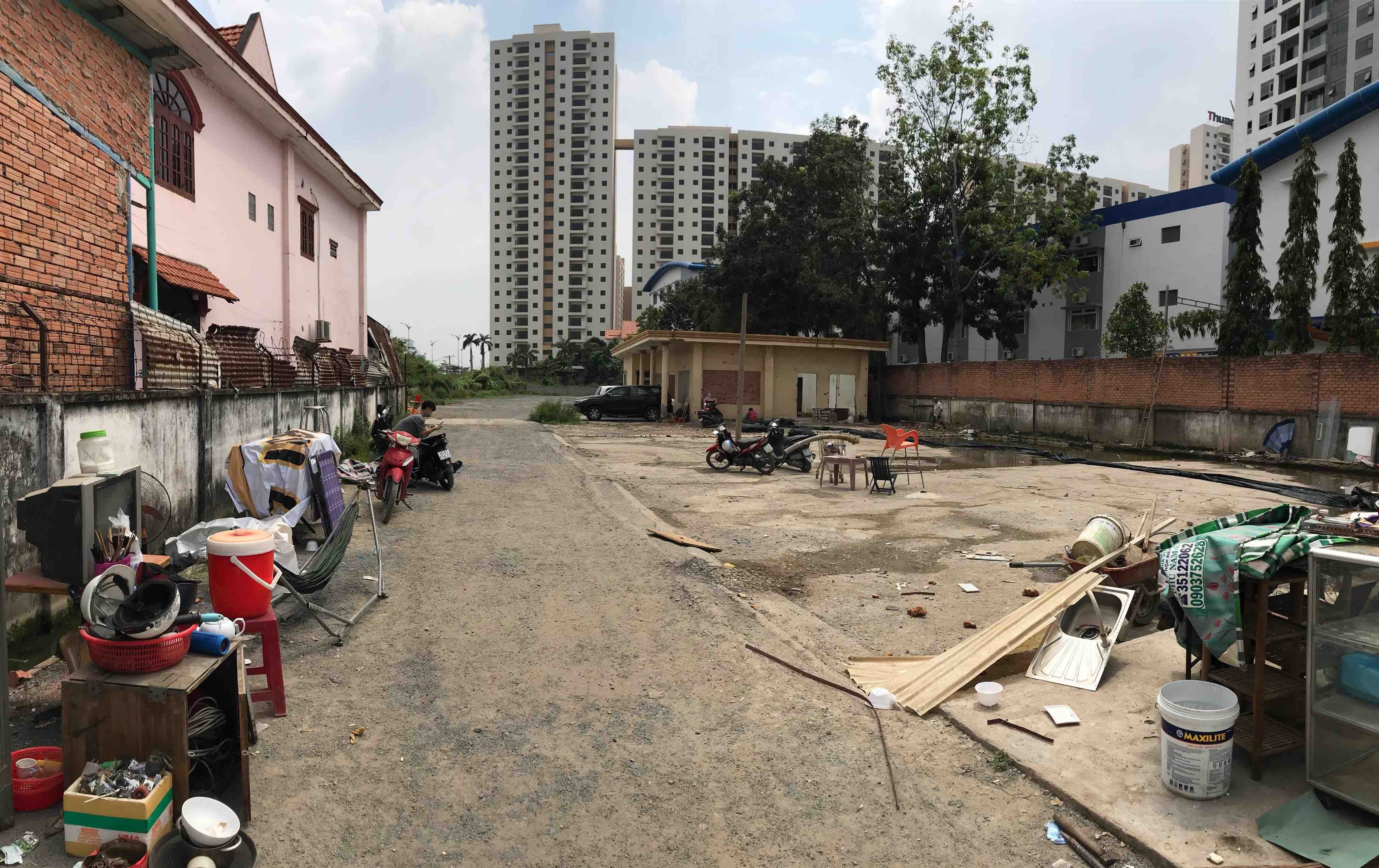Land For Rent in Luong Dinh Cua Street, District 2